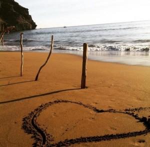 strand met hart